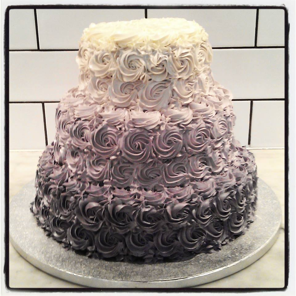 Tattle Now That Is One Fit Wedding Cake